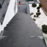 Keramičarstvo Murko polaganje kamna na stopnicah